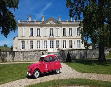 2 CV de La Dauphine château page